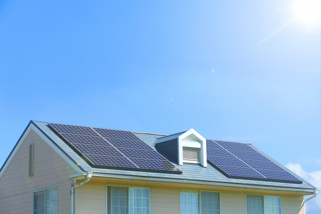 家庭用太陽光発電って実際どうなの?太陽光発電のメリットデメリット