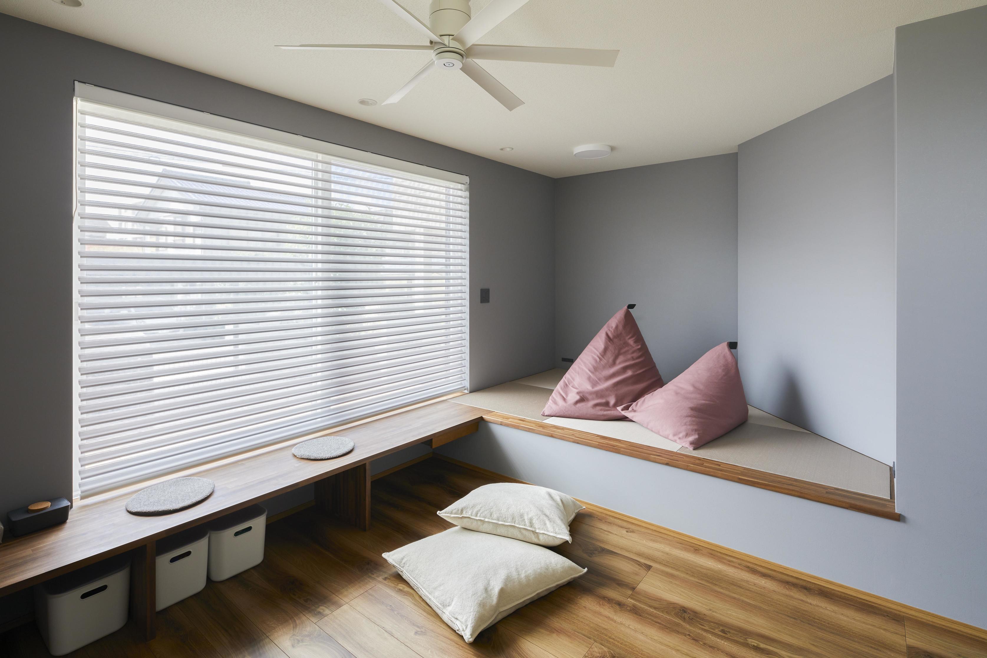 畳コーナーはちょっとした家事やお子様の遊び場としても活用できる